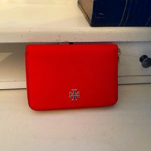 NWT TORY BURCH EMERSON ZIP COIN CASE BRILLIANT RED
